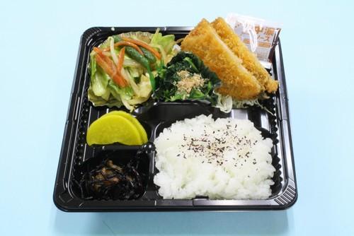 野菜炒め&アジフライ弁当プチ
